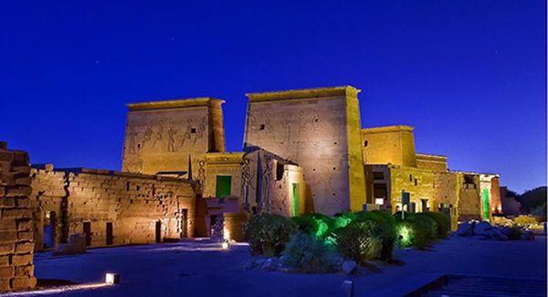 Cairo,Aswan y Luxor en Tren de Coche Cama es una oferta especial Economica para recorrer por los lugares mas importantes de Egipto y al Mismo Tiempo Conviene...
