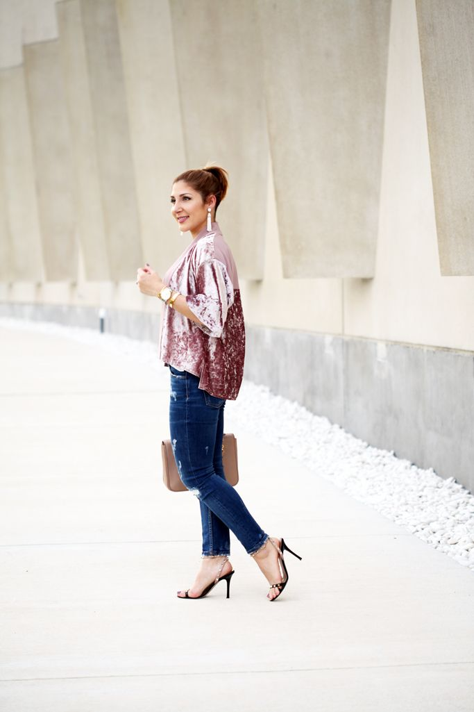 bd1a97b9e3 Blame-it-on-Mei-Miami-Fashion-Blogger-2016-Velvet-Kimono-Jacket-Rose-Quartz-with-Denim-Valentino-Rockstud-Sandals-Tassel-Earrings-Casual-Look-Transition-to-  ...