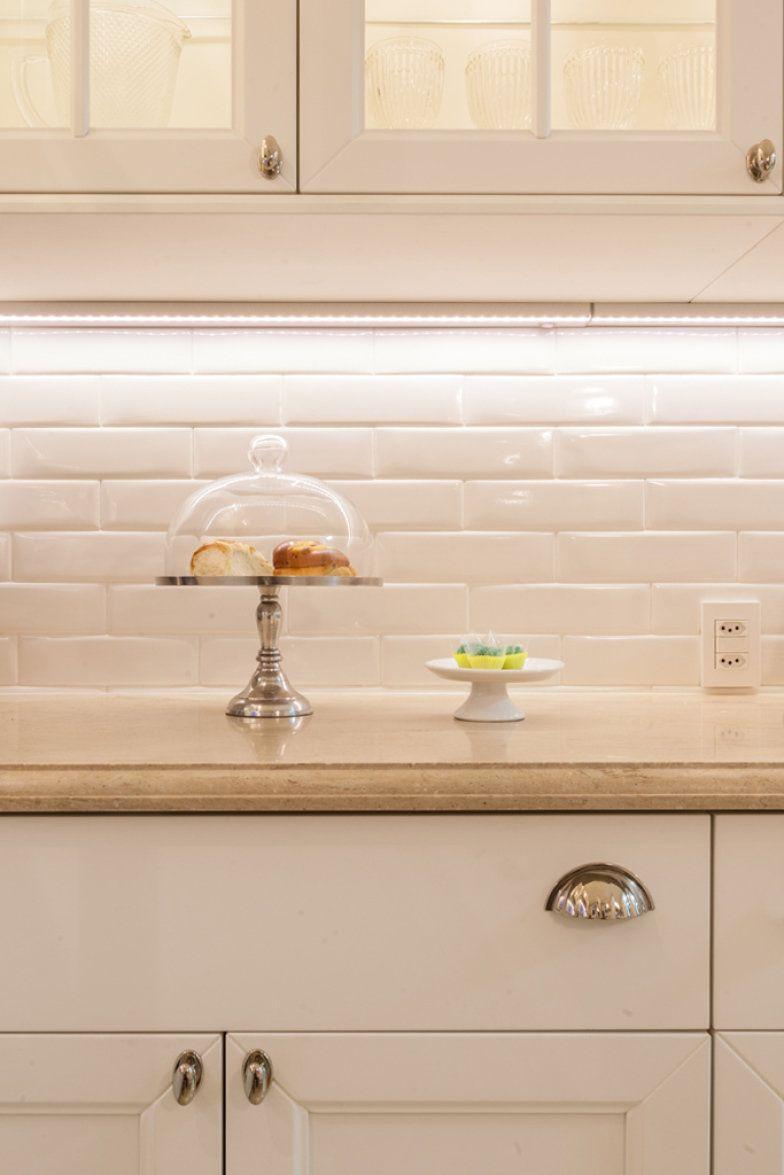 Subway tiles: 8 cozinhas que apostam no revestimento