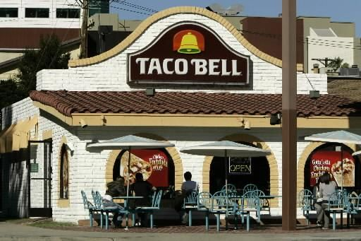 Taco Bell The Way They Used To Look Taco Bell Vintage Restaurant Taco Bell History