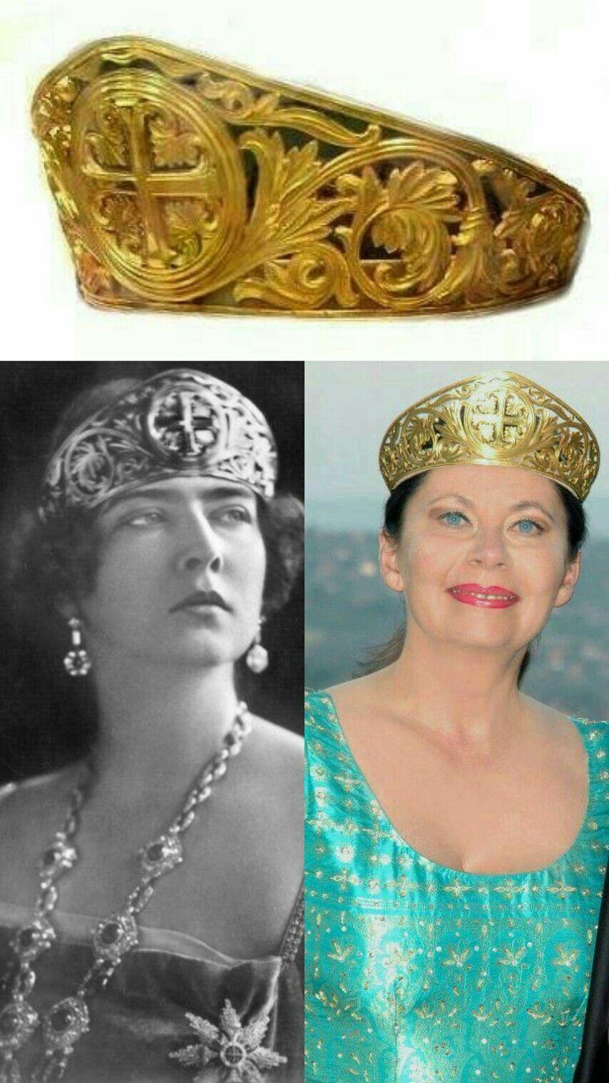 pimienta Elemental poco claro  Tiara Dorada:Maria de Rumamia. Reina de Yugoslavia & Princesa Brigitta de  Serbia   Royal jewelry, Royal crown jewels, Royal jewels