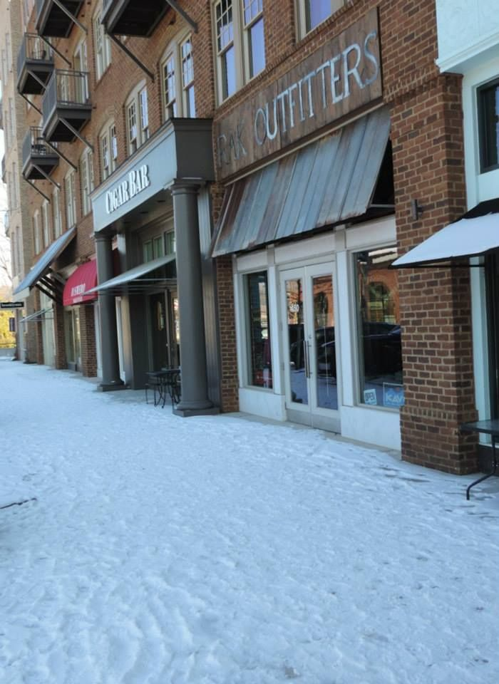Great view of Chambers Street in Downtown Woodstock during the snow fall!
