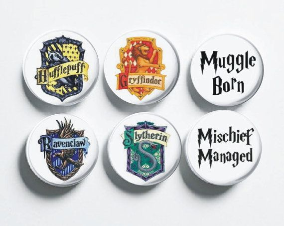 Harry Potter Pin Back Badges (Quantity of 6)