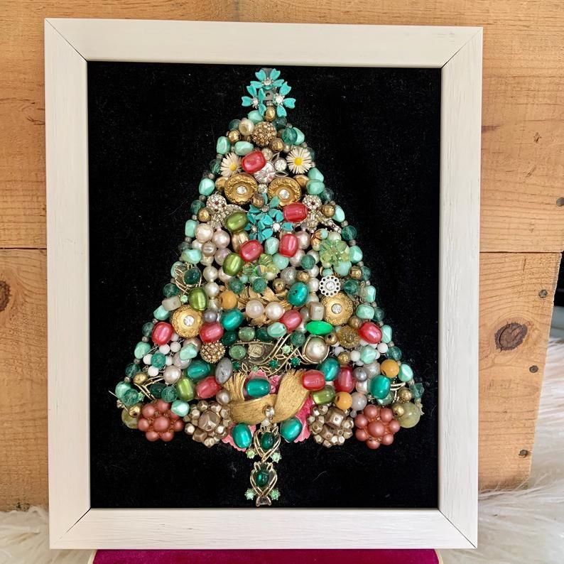 1950s Costume Jewelry Christmas Tree Handmade Art Etsy In 2020 Jewelry Christmas Tree Holiday Crafts Diy Christmas Tree Pictures