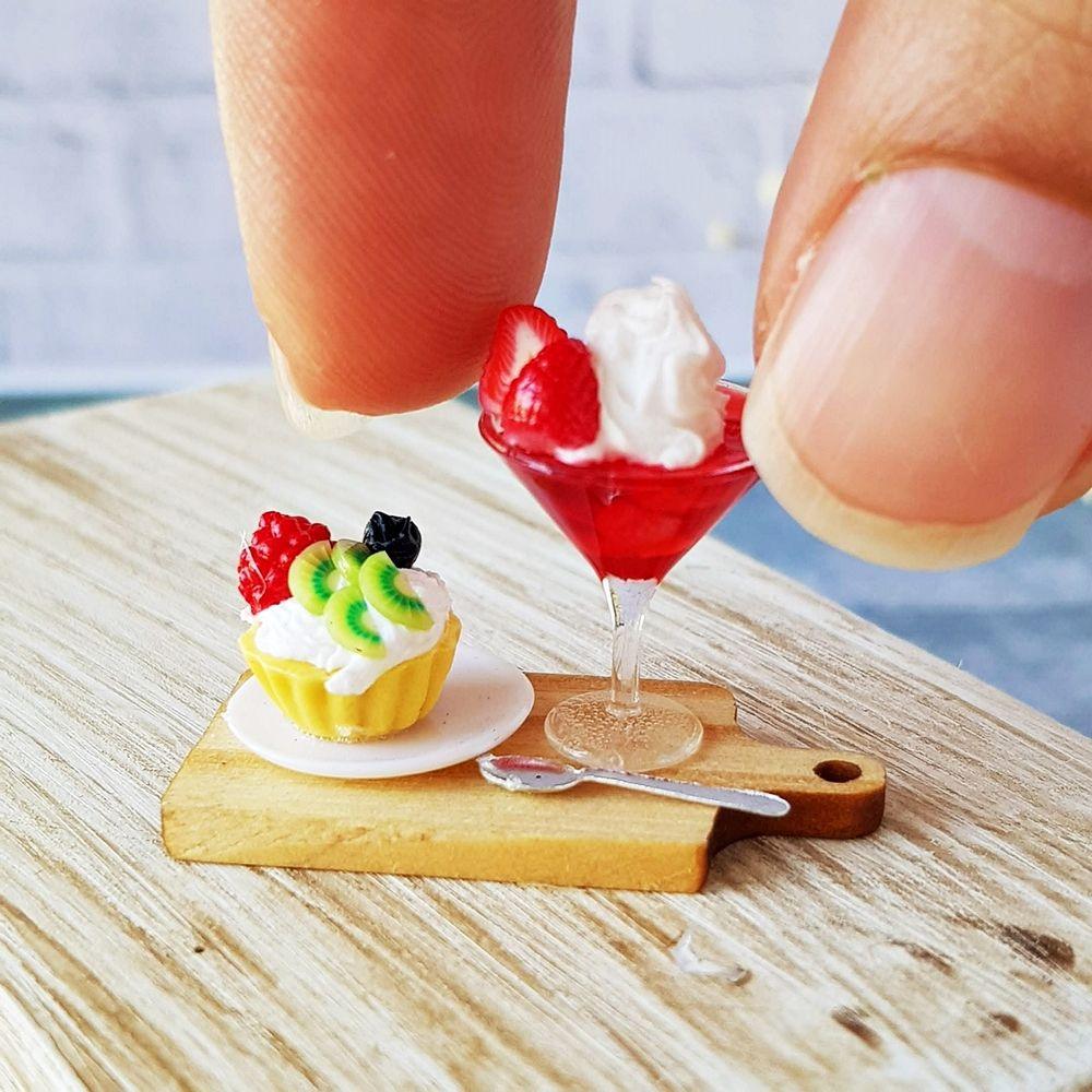 Mini Tiny Fruit Pie Dollhouse Miniatures Food Bakery Pastries Dessert Sweet Deco