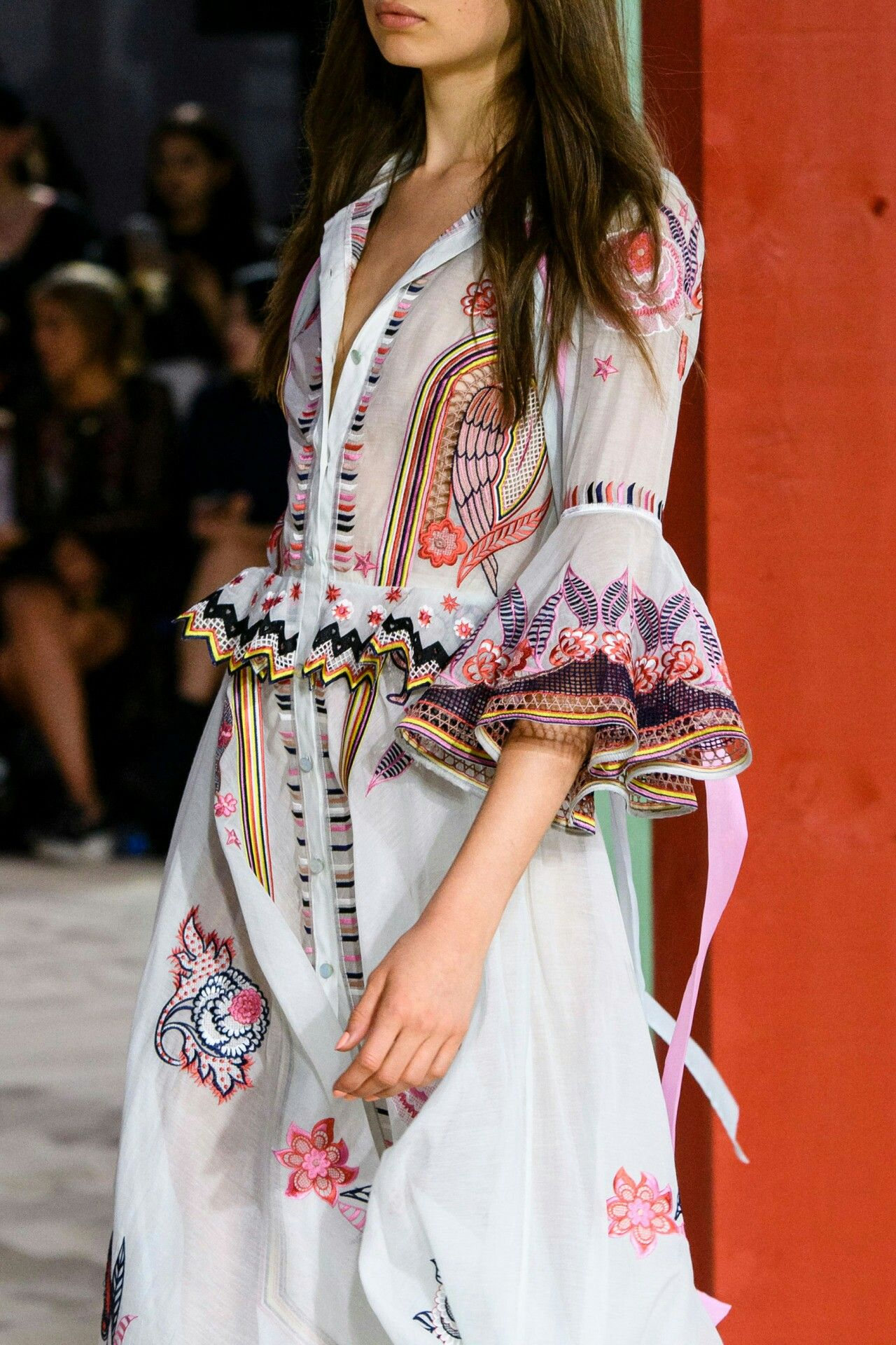 Pin by Valerie Harris on Even More OBSESSED   Fashion. London fashion week. Fashion week spring