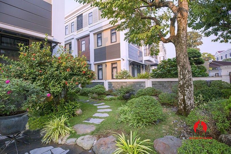 Opulent Garden Villa For Rent In Starlake Near Ngoai Giao Doan Garden Villa Opulence Villa
