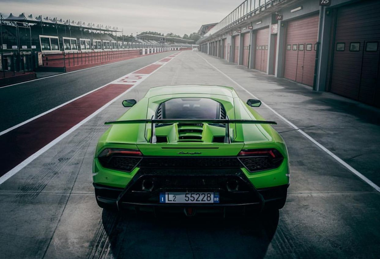 Verde Mantis Lamborghini Huracan Performante Lp 640 4