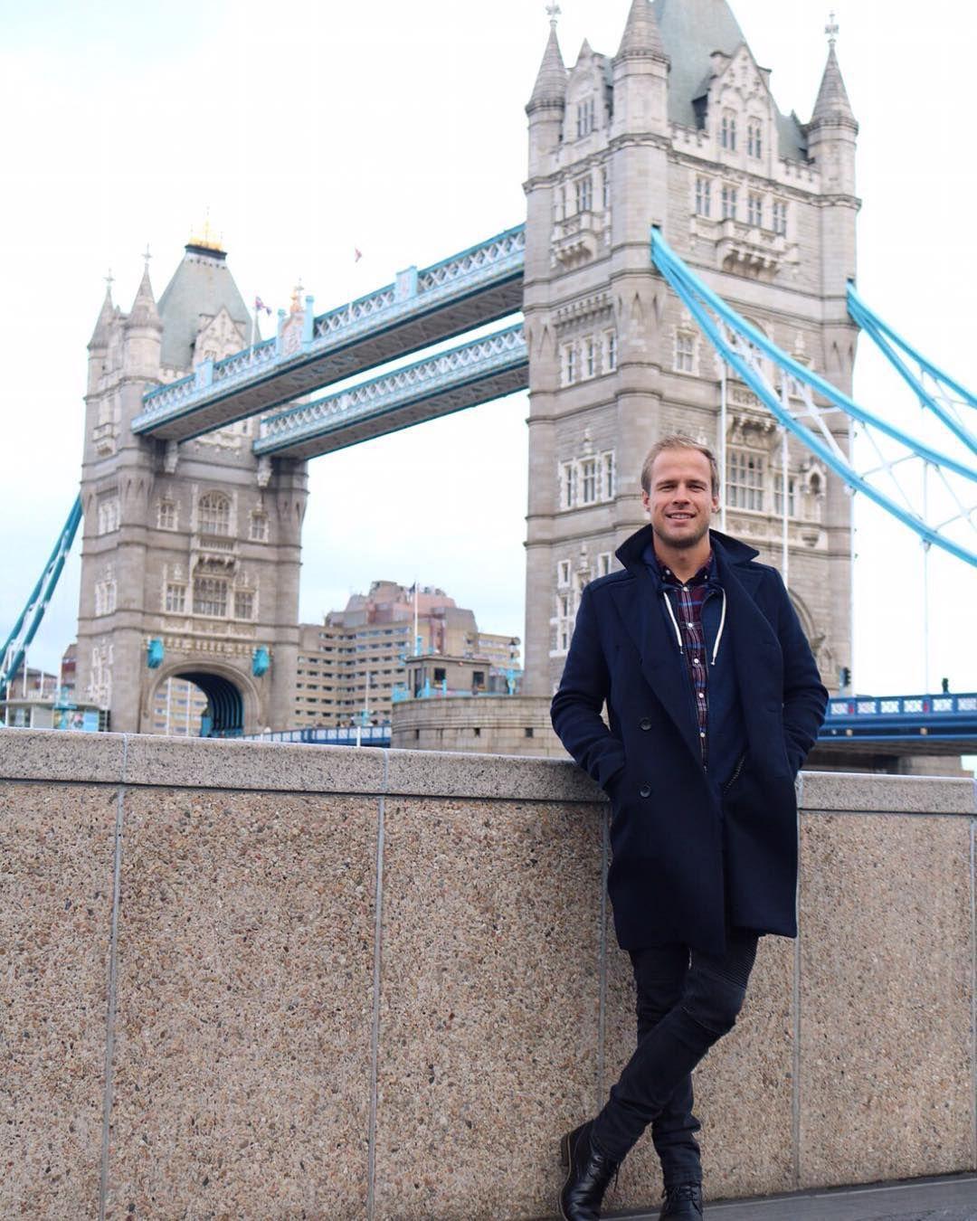 I'm in London still.... by bowenjamesthomas