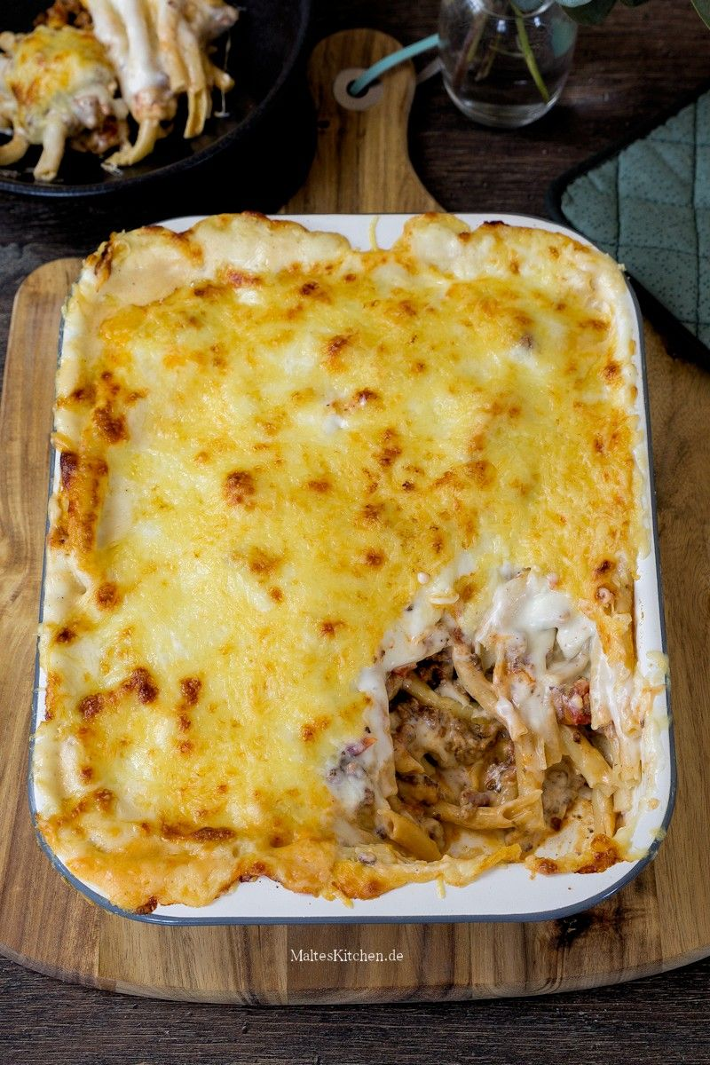 Photo of Golden-baked macaroni bake with minced meat