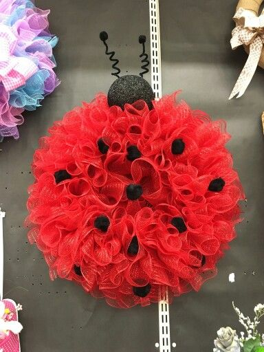Deco mesh ladybug wreath by don carpenter a c moore for Craft stores greenville nc