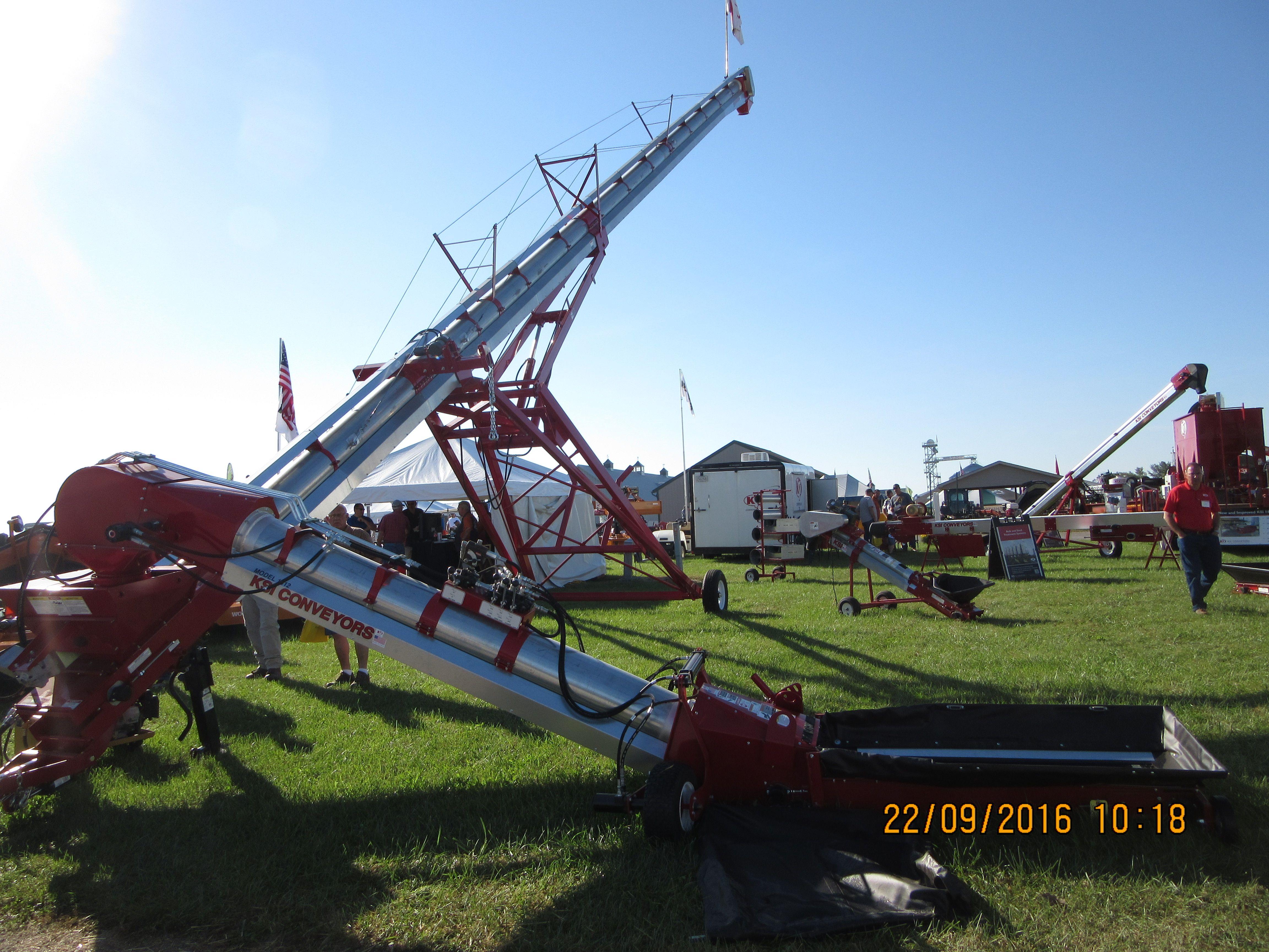 KSI 161 grain auger | Grain Carts & grain handling equipment