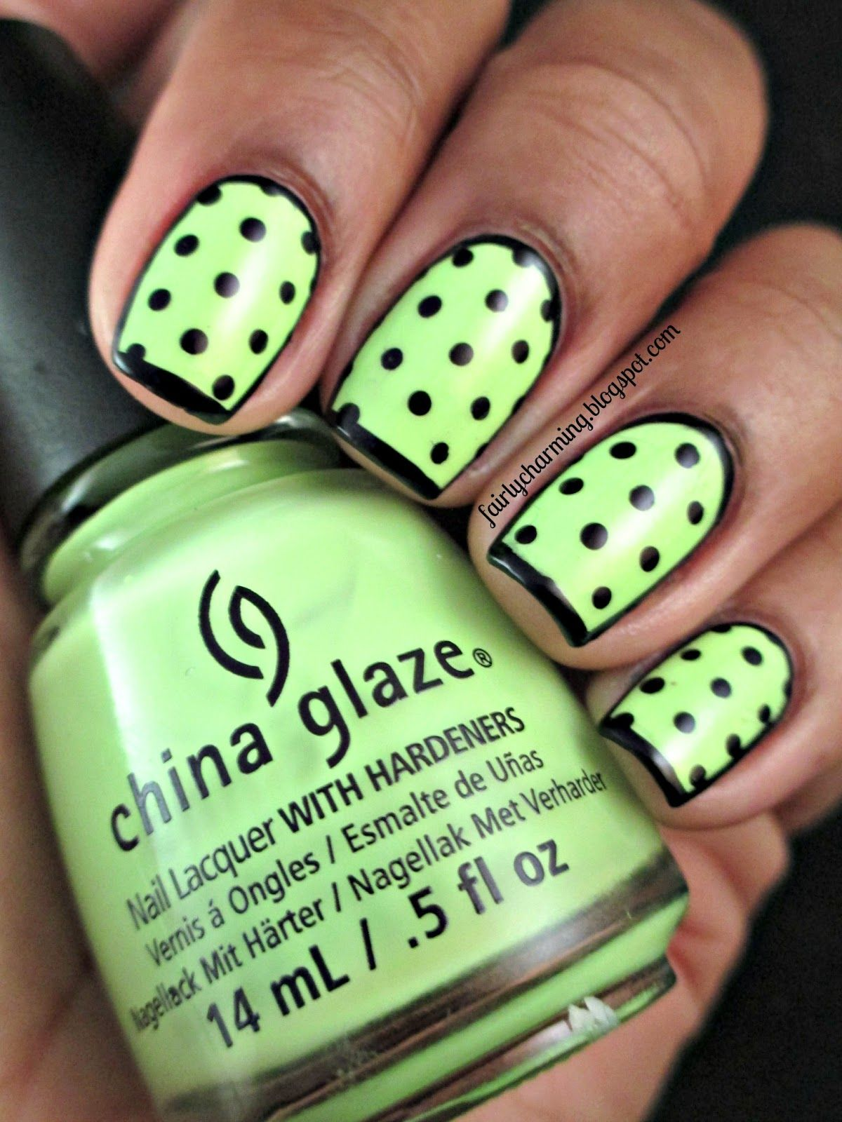 Fairly Charming: Framing the Grass | Nails | Pinterest | Pintura de ...