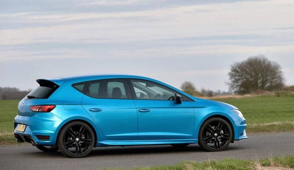 seat leon fr 2015 blue buscar con google spain cars pinterest seat leon coches y coches. Black Bedroom Furniture Sets. Home Design Ideas