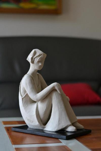 r sultat de recherche d 39 images pour sculpture argile contemporaine sculpture et tableaux. Black Bedroom Furniture Sets. Home Design Ideas
