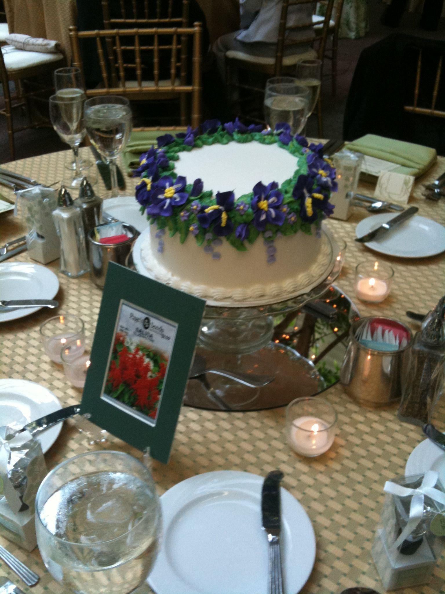 Astonishing Really Neat Idea Wedding Cake Centerpieces For Each Table Download Free Architecture Designs Pendunizatbritishbridgeorg