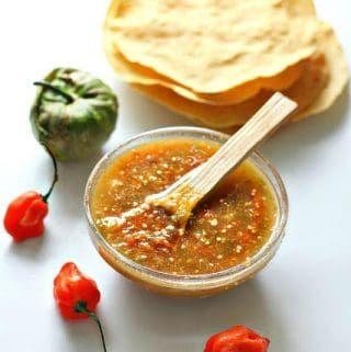 Habanero Tomatillo Salsa Recipe #authenticmexicansalsa