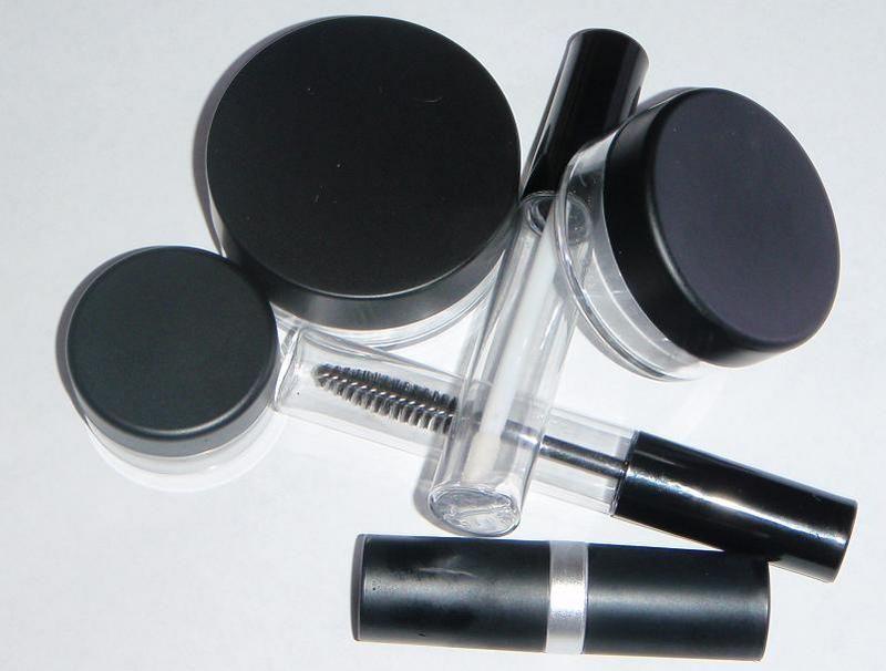 deluxe black matt packaging* Mineral cosmetics manufacturers