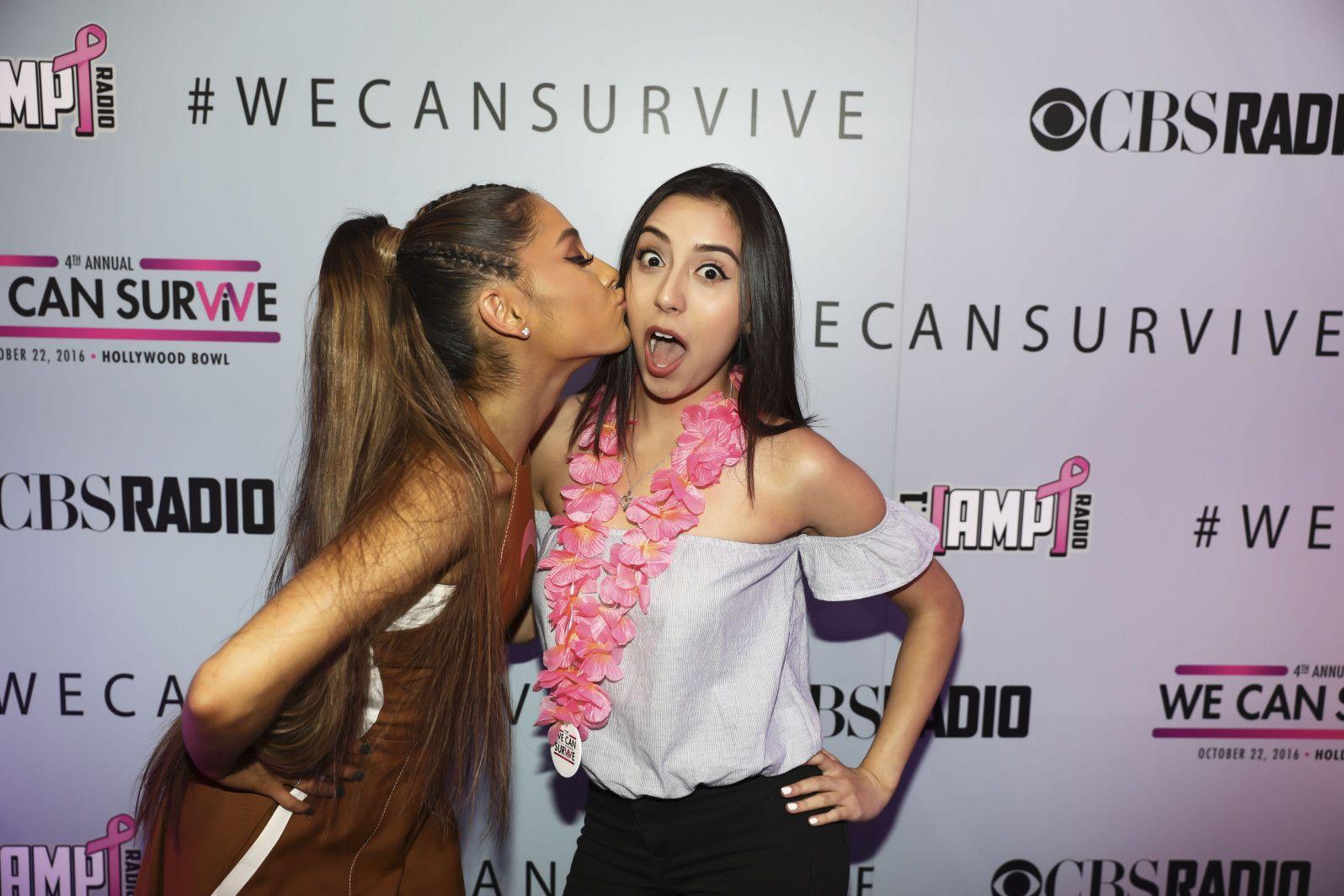 Ariana Grande Meet Greet We Can Survive Coisas Para Comprar