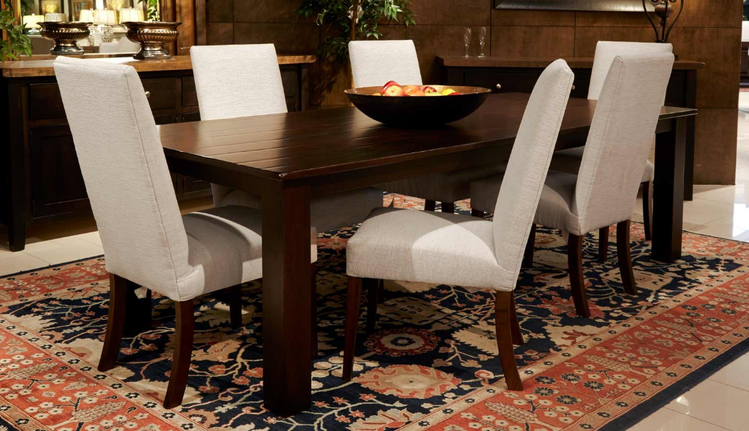 A Dining Table Is Much More Than Place To Enjoy Your Meal It S Special Where The Family Gathers Together And Shares Their Day Events