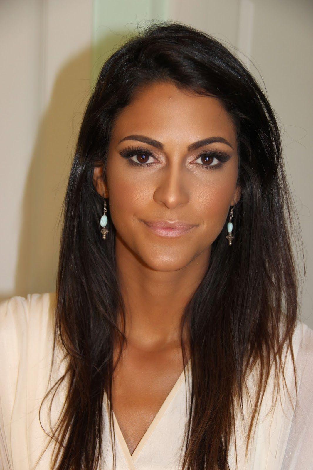 makeup medium to tan skin tones Tanned makeup, Hair