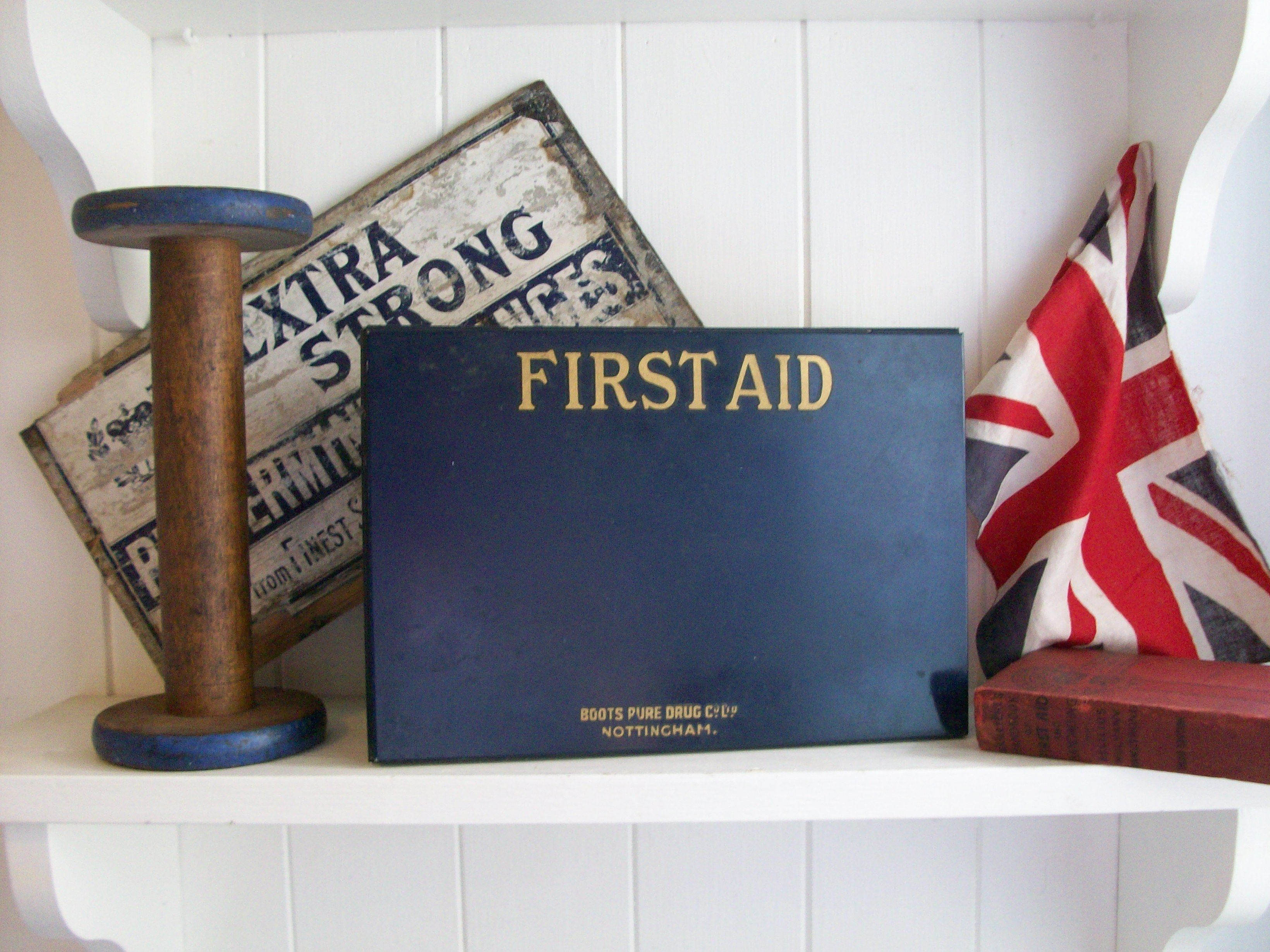 Vintage First Aid Tin from Lavender House Vintage www ...