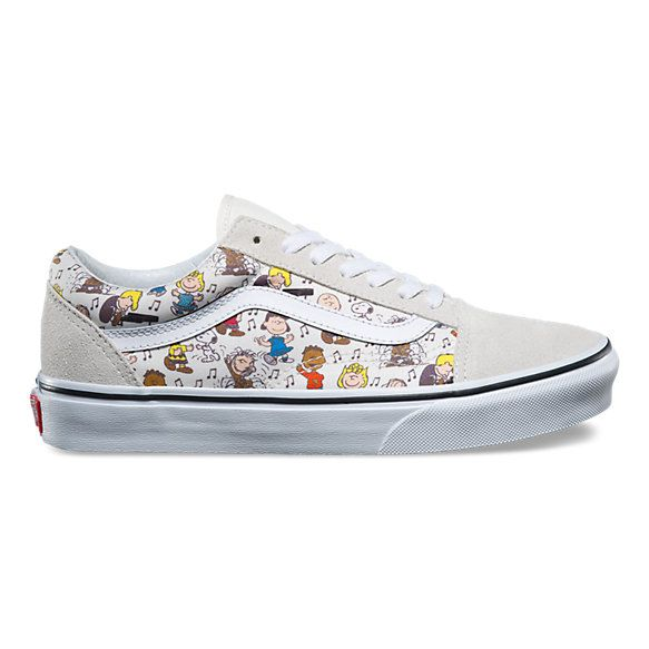 3297e84138edf2 Vans x Peanuts Old Skool