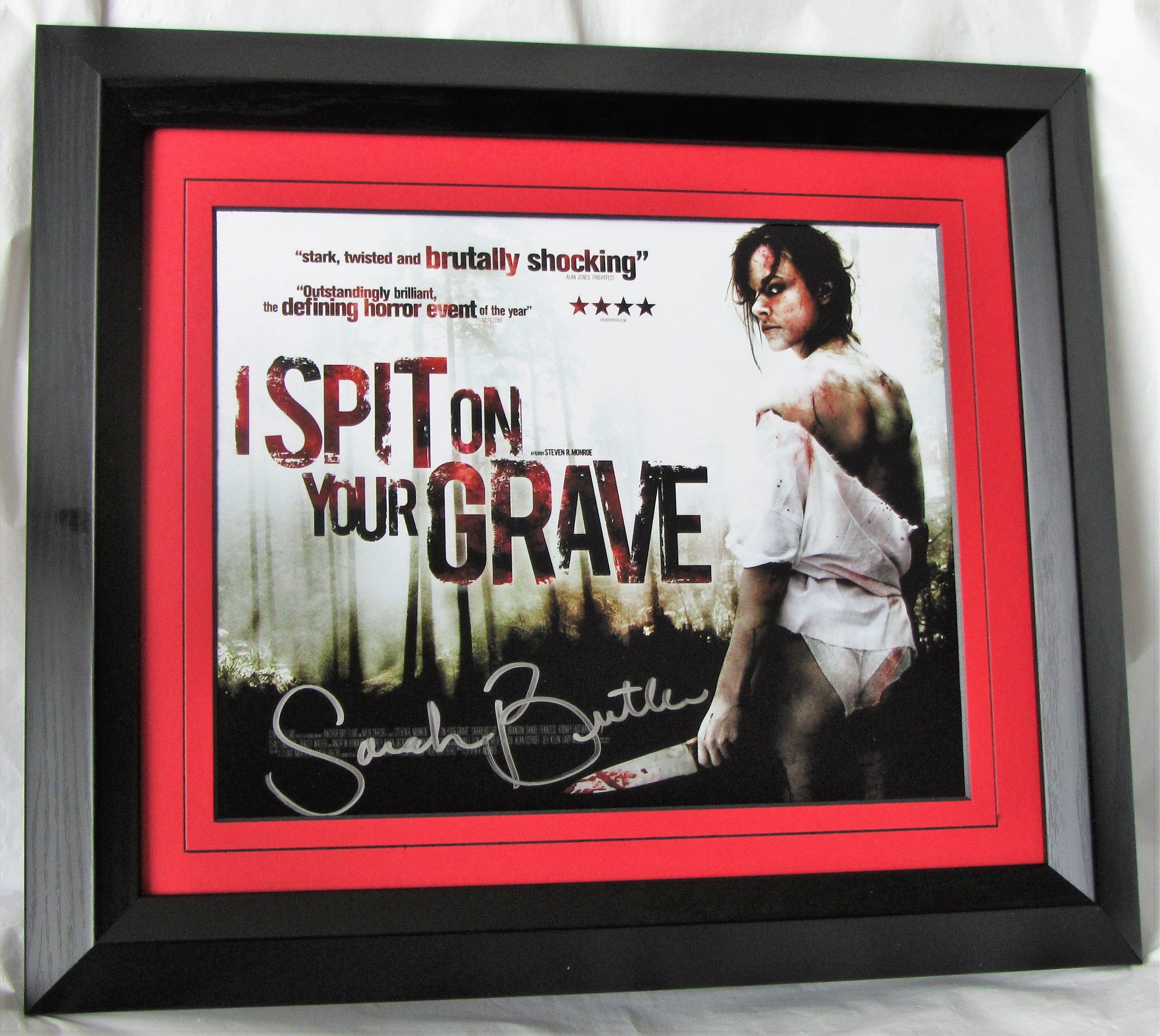 Authentic Sarah Butler Signed I Spit On Your Grave Horror Hand