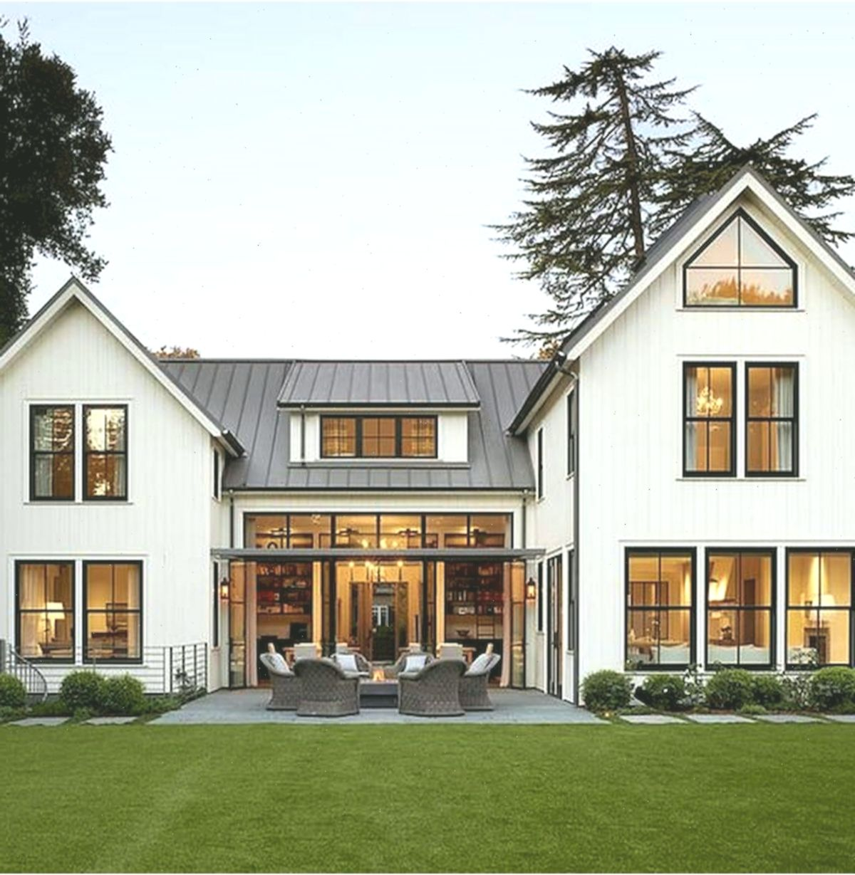 33 Best Modern Farmhouse Exterior Design Ideas #Bauernhaus