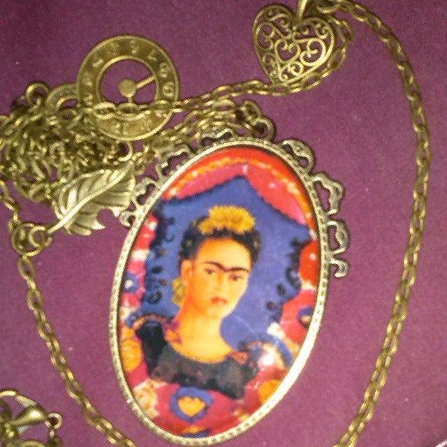 Colgante Frida Kahlo