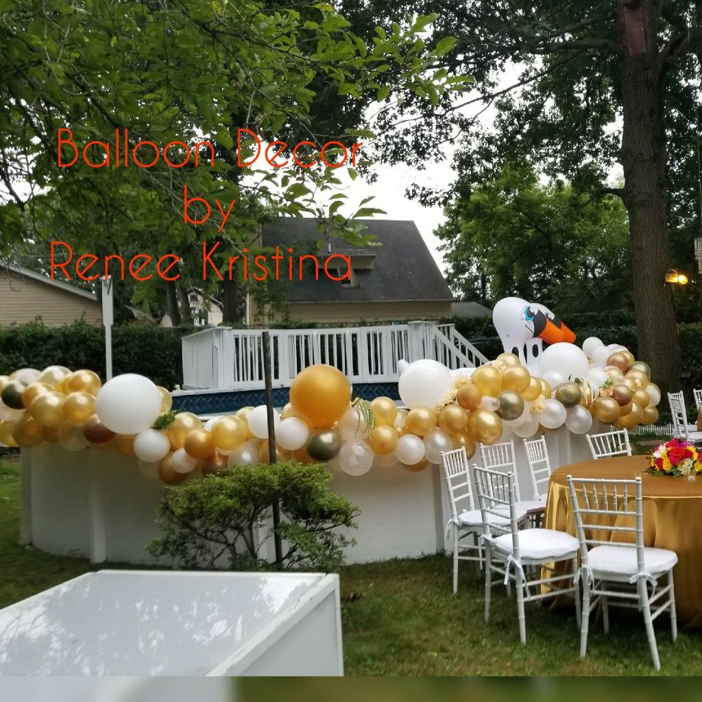 Organic Outdoor Above Ground Pool Balloon Decor