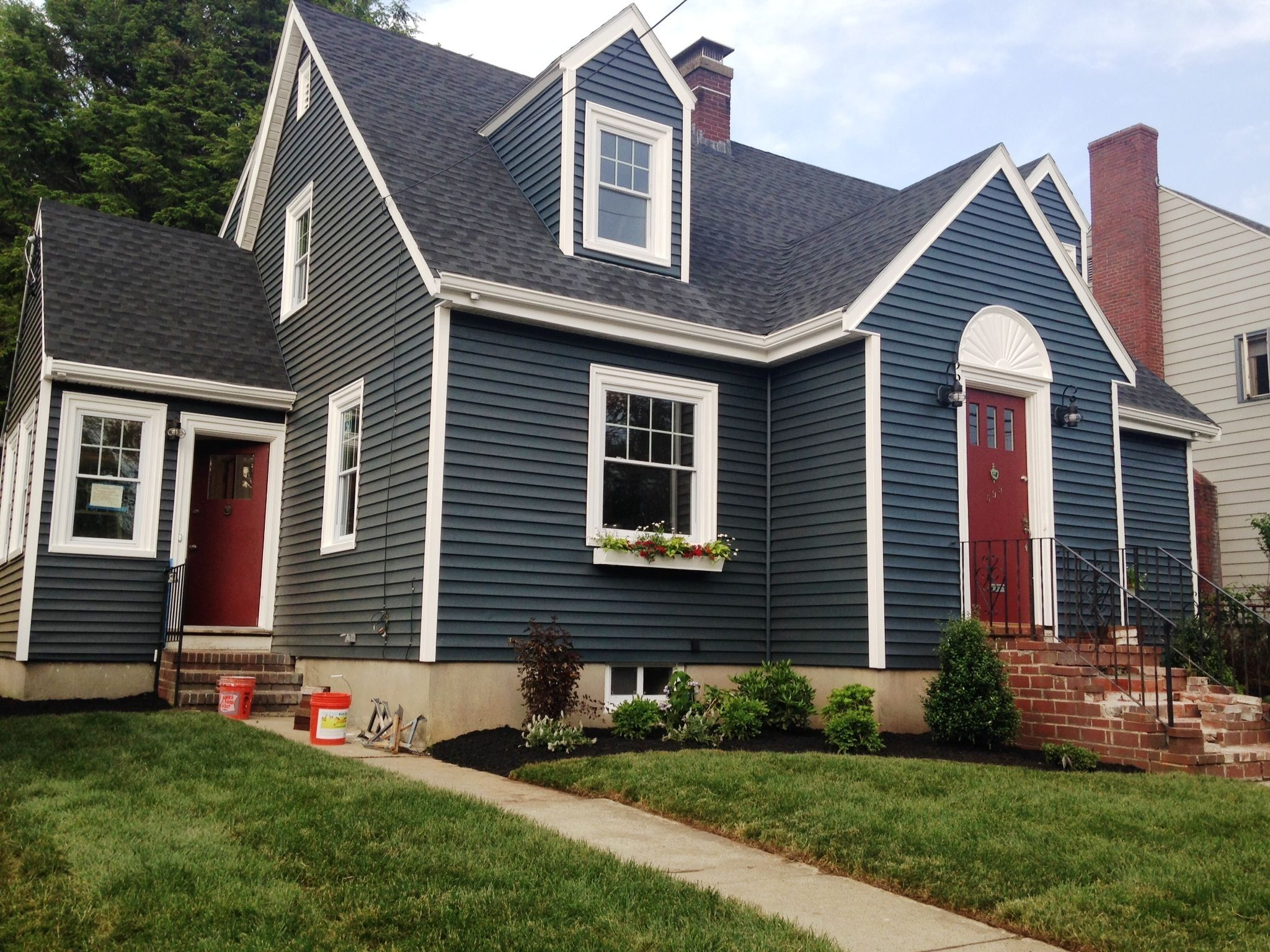 Image Result For Benjamin Moore Hale Navy House Paint
