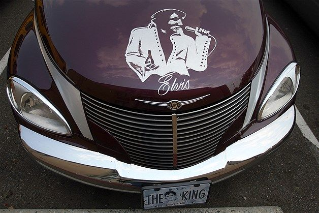 Image: A portrait of Elvis Presley adorns a vehicle in Memphis, Tennessee. (© Joe Raedle/Getty Images)