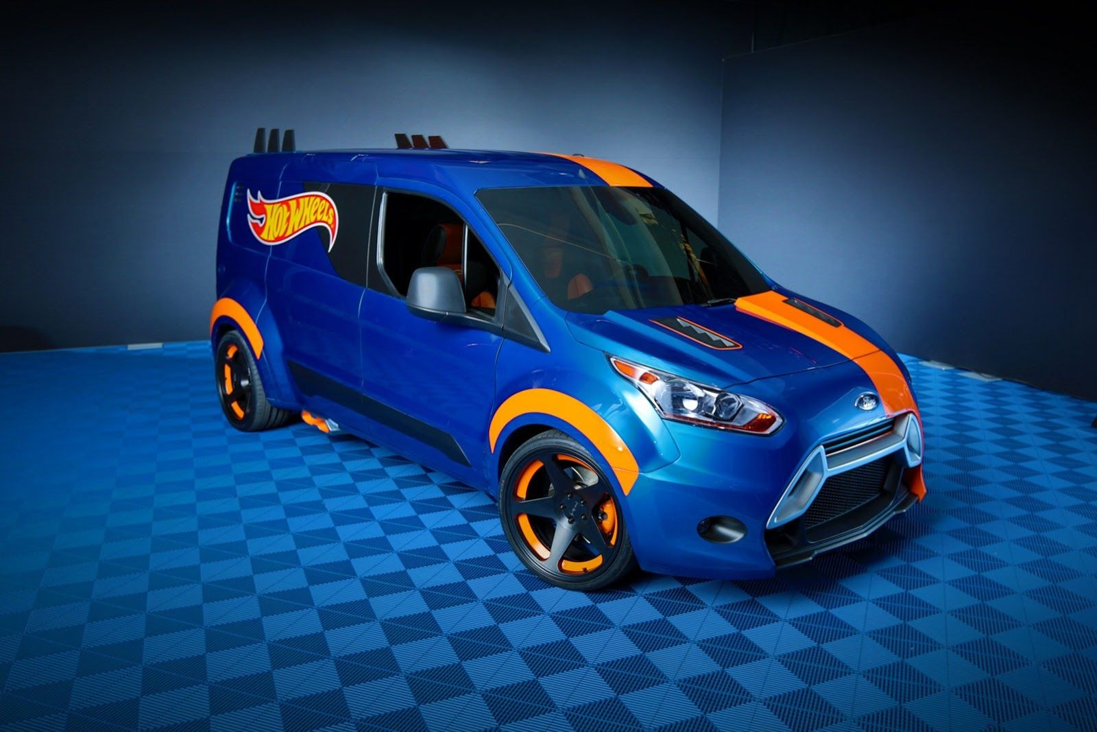 Ford & Fordu0027s Transit Connect Hot Wheels Concept Looks Boyishly Cool ... markmcfarlin.com