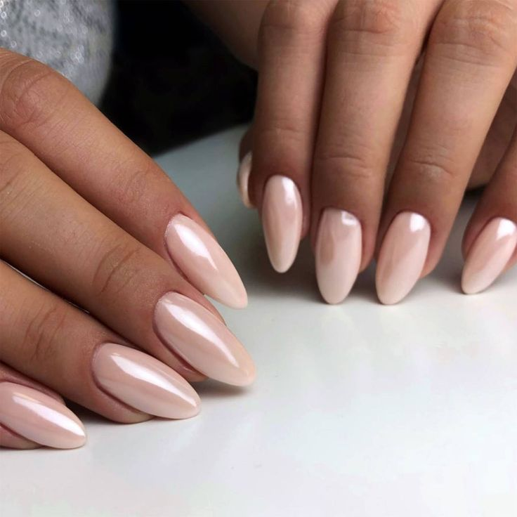 This is the manicure the chicest brides will be rocking at their wedding this season