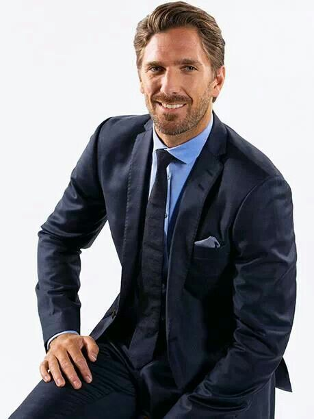 Pin By Hockey Hunks On The Boys In Suits Hot Hockey Players Handsome Men In Suits Henrik Lundqvist