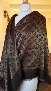 Louis Vuitton LOUIS VUITTON Shawl Scarf Chocolate Bronze Gold Monogram 35c15a3067c