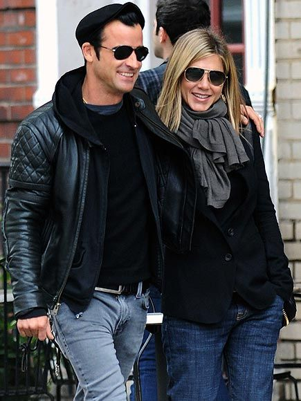 Jennifer Aniston and Justin Theroux Couple Photos : People.com