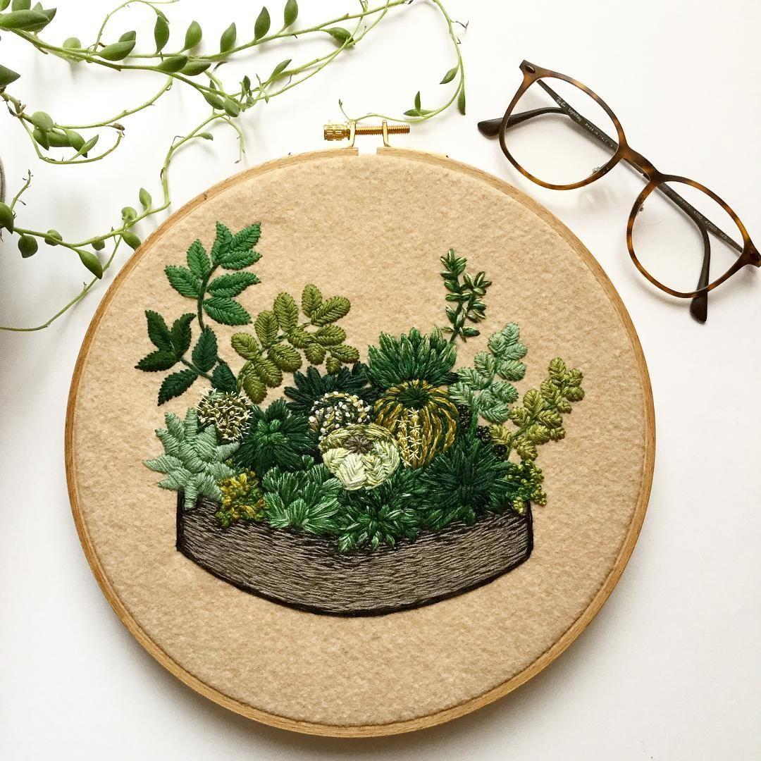 "1,100 likerklikk, 38 kommentarer – CREAMENTE • embroidery • (@defnegunturkun) på Instagram: ""Welcome February 🌱🌿🌳 #embroidery #hoopart #embroideryhoop #handstitched #handembroidery #plants…"""