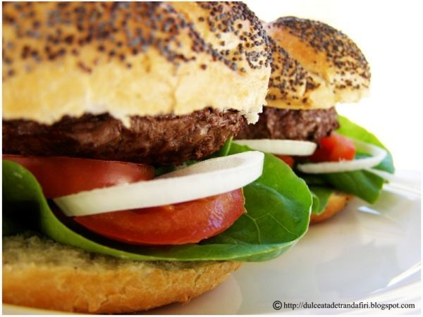 Hamburgeri home-made, Rețetă de Dulceata_de_trandafiri - Petitchef