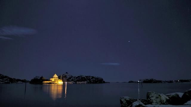 Norwegens Himmel bei Nacht