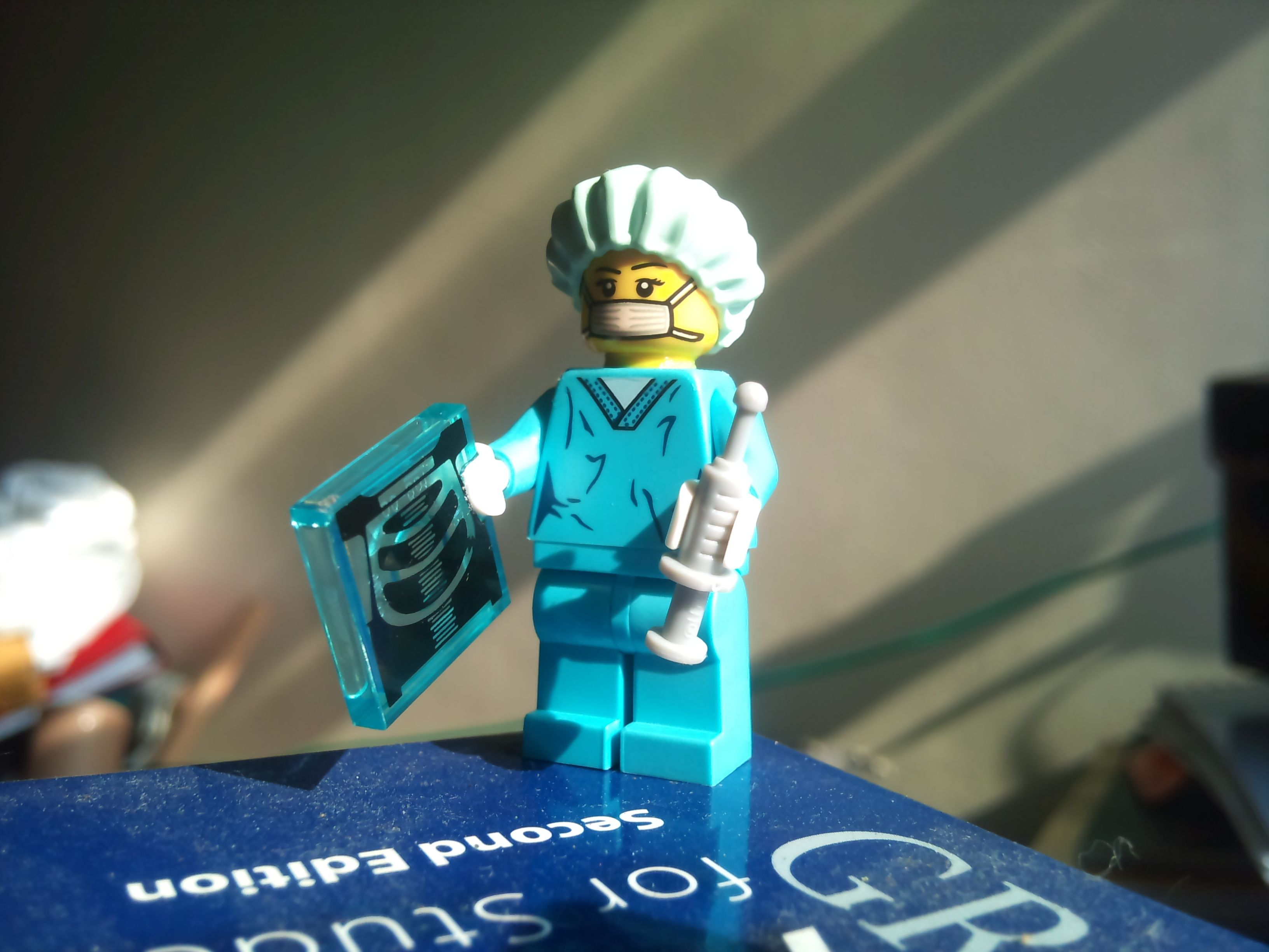 Surgeon lego man | Lego man, Vault boy, Lego