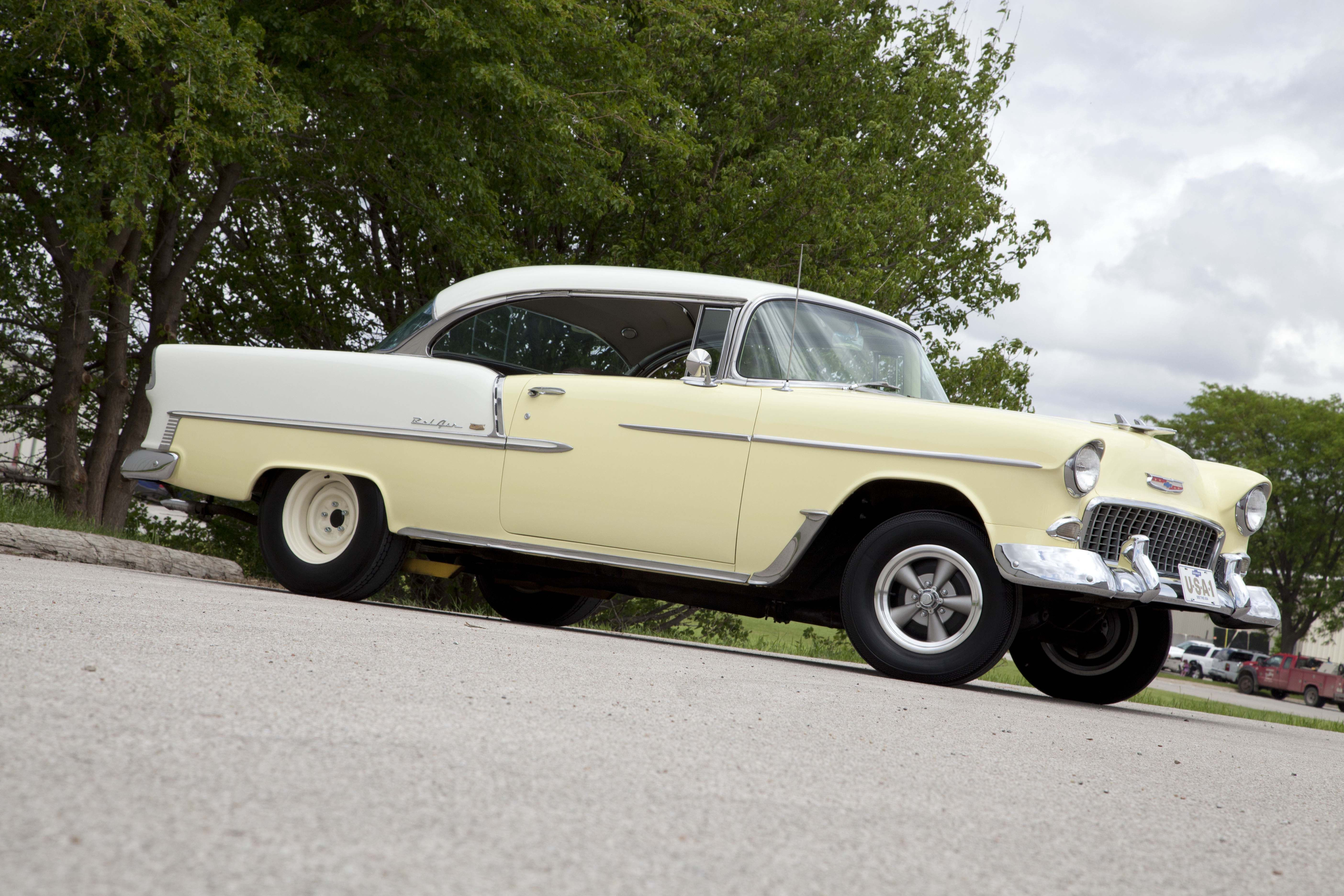 Vintage et mags vintage five is a classic drag front wheel for this 1955 chevy now in aluminum for durability