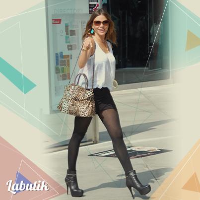 e18e5016e Sofía Vergara usa minifalda casi todos los días ¿Tu cada cuánto usas ...