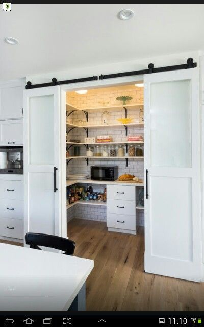 20 Fabulous Sliding Barn Door Ideas Modern Country Kitchens Kitchen Design Small Home