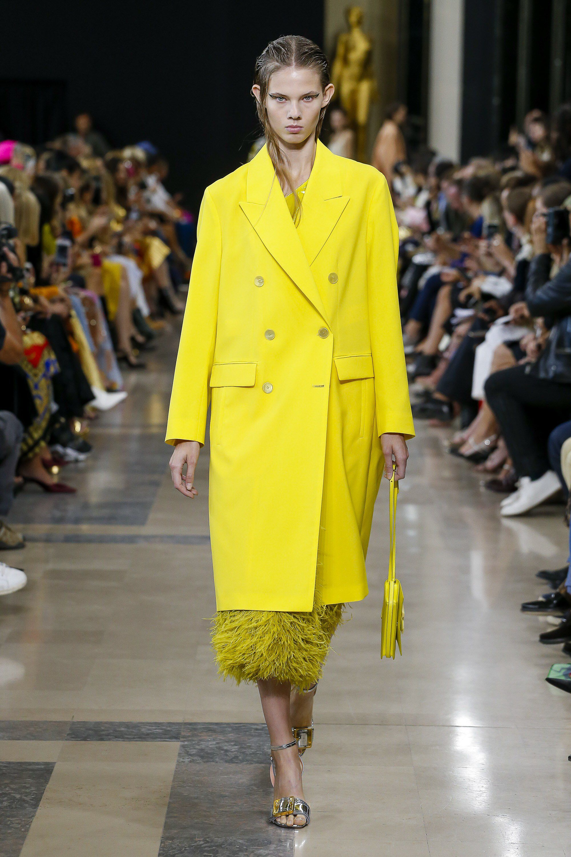 Rochas SpringSummer 2019 Collection Accents The Importance of Color