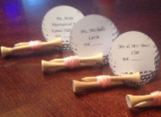 Golf tee place cards made in your color scheme! All the tiny details shop on etsy!