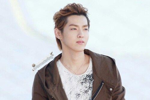 Kris Wu O_O