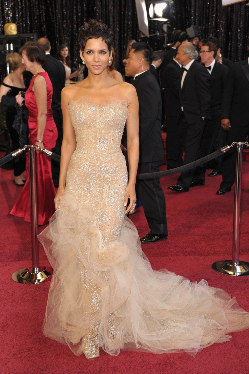 Halle Berry Oscar Red Carpet Dress Embroidered Strapless Champagne ...