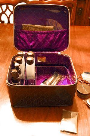 ec6fcdc874 Travel Accessory Review: Jet Setter Luxury Travel Kit | Travel Chic ...